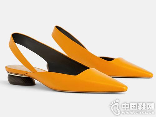 世尊女鞋新款平跟后空单2019新款