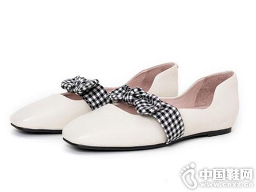 自由姿色2019春季新款奶奶鞋
