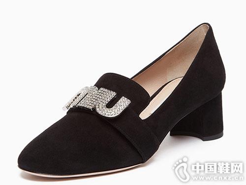 MIU MIU缪缪单鞋中跟皮鞋休闲鞋