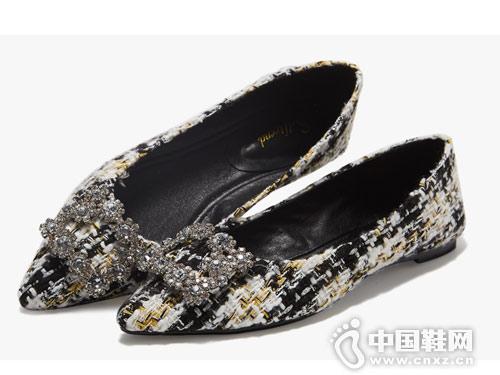 涉趣2019新款春季百搭尖头格纹鞋