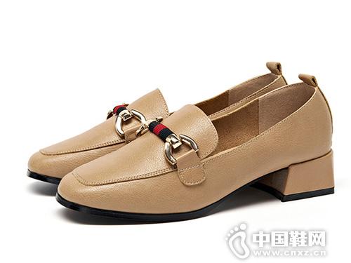 2019巨圣春季韩版百搭乐福鞋
