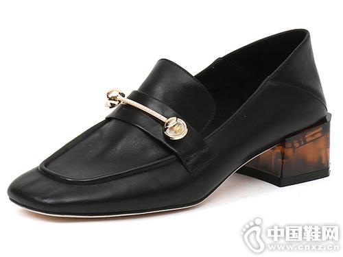 EM易美时尚品牌 2019新款单鞋