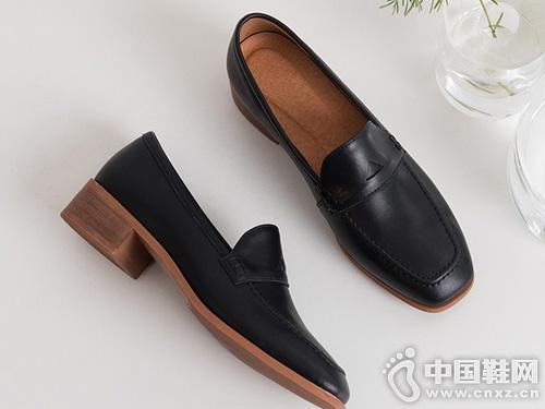 2019早春款乐福鞋英伦风丹露休闲鞋