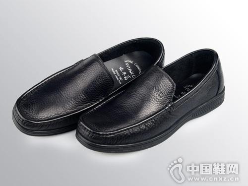 必登高手工缝制柔软小牛皮休闲男鞋