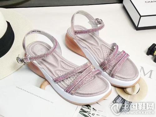 夏季新款EM易美苹果彩票主页网品牌厚底凉鞋