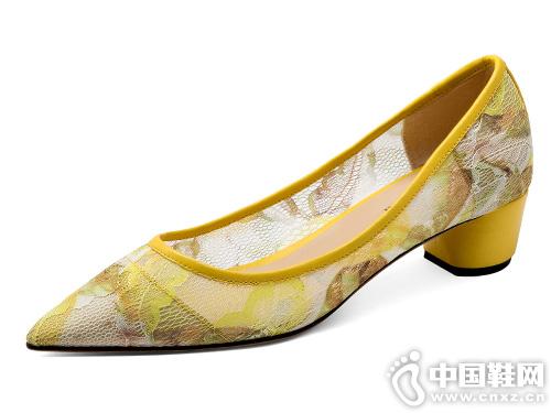 贝蒂佩琪尖头单鞋女2019春季新款浅口性感蕾丝