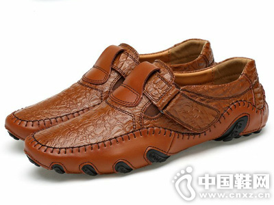 �W古斯都男休闲鞋一脚蹬懒人鞋