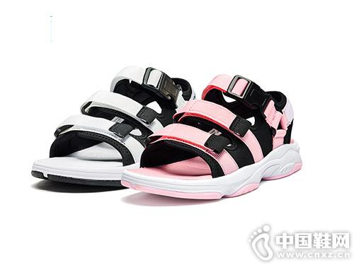 2019年夏季新品特步童鞋时尚沙滩鞋