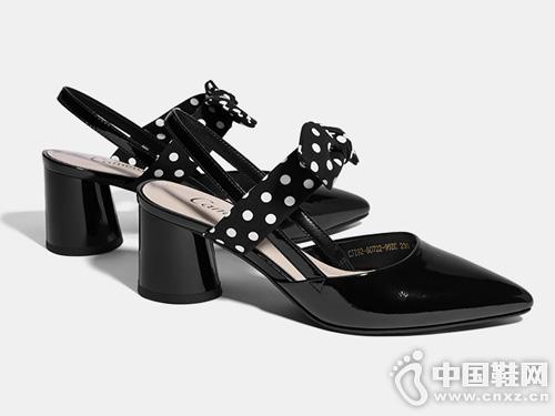 2019夏季新款Cameido卡美多尖头中跟凉鞋