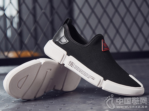 圣帝罗阑夏男士新款休闲潮流鞋子一脚蹬