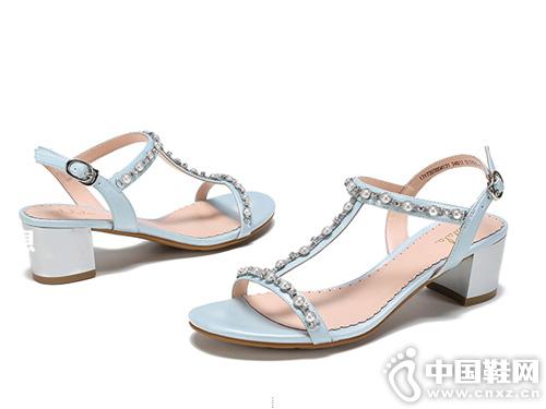 杜拉拉夏季新款 粗跟水钻珍珠T凉鞋