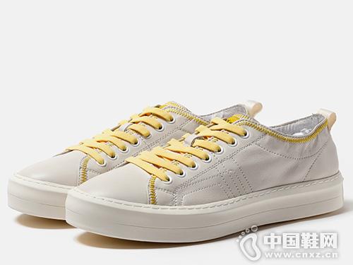时尚潮流百搭牛皮休闲小白鞋维界夏季新款