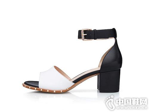 哥弟女鞋2019夏季新款 复古柳钉多色设计