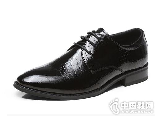 邦霸皮鞋 漆皮压花工艺 色泽炫亮 时尚舒服