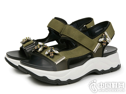 sundance太阳舞2019夏新一字带运动舒适凉鞋