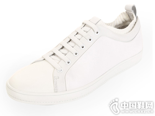 SELECTED思莱德春季新款板鞋