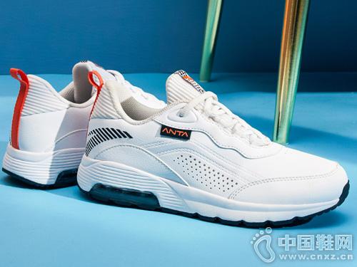 安踏休闲鞋综训鞋新品气垫减震小白鞋