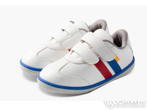 小蓝羊童鞋2019秋季新款复古风格运动鞋