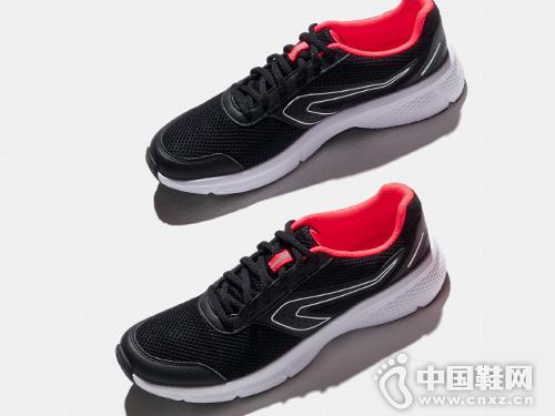 迪卡侬夏季轻便正品透气跑鞋网面跑步鞋