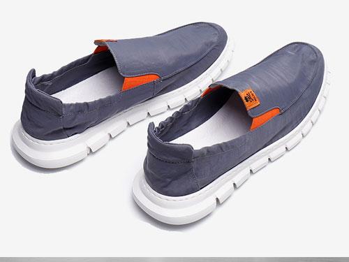 布莱希尔顿2019经典潮鞋帆布鞋韩版潮流一脚