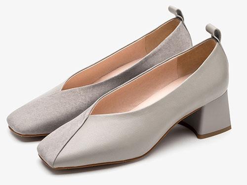 CNE2019秋冬新款船鞋拼接高跟方头奶奶鞋