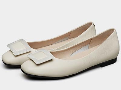 意尔康女鞋2020新款春鞋