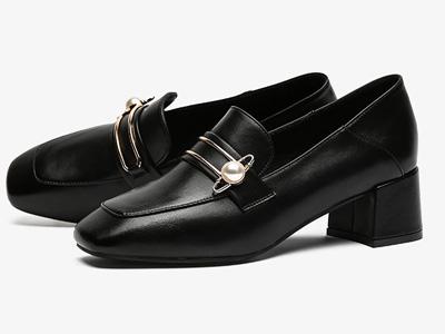 珂卡芙甜美风单鞋女2020春季新款珍珠方头乐福鞋