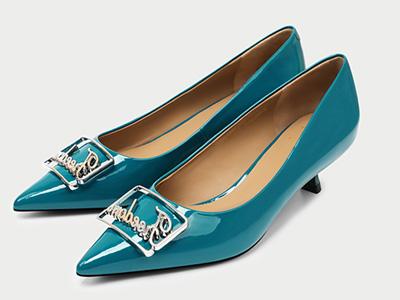 欧罗巴2020新款细跟单鞋女方扣浅口鞋