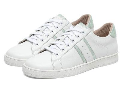 Hush-Puppies暇步士女休闲平底小白单鞋2020春新款