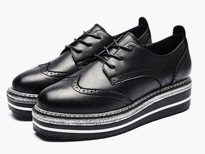 Montagut梦特娇新款英伦风布洛克松糕底厚底鞋
