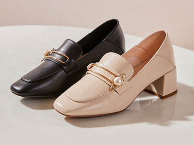 如熙单鞋女2020春百搭珍珠扣真皮小皮鞋