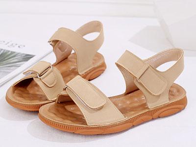 欧梦迪亚2020夏季新款凉鞋女平底妈妈舒适百搭