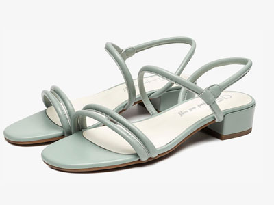 CNE夏季新款一字细带方头平底鞋罗马细带凉鞋