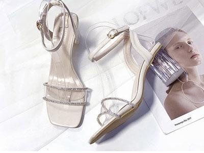 LUnica安丽尼卡2020年新款一字扣带罗马凉鞋