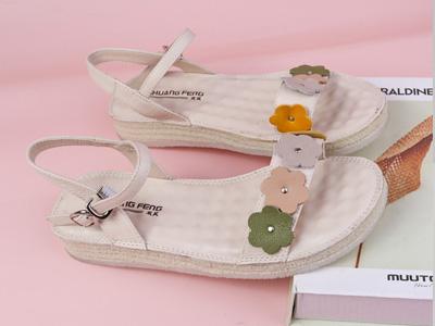SHUANGFENG双凤2020新款平底舒适柔软凉鞋女