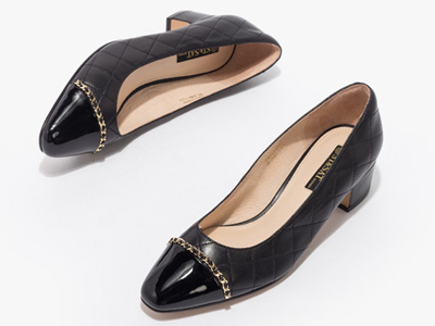 星期六2020秋季舒适粗跟小香风格纹浅口单鞋
