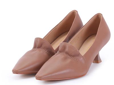fed高跟尖头女单鞋2020秋冬新款黑棕色