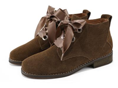 西村名物短靴女英伦风低帮切尔西反绒面马丁靴