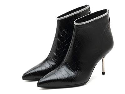 思加图2021冬季新款尖头高跟靴短靴细跟靴