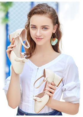 珂卡芙女鞋加盟�_店! 招商�峋�:0577-89791200 020-36138689