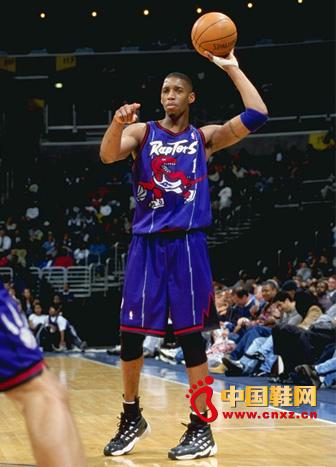 阿迪达斯旗下NBA球星麦迪宣布正式退役图片