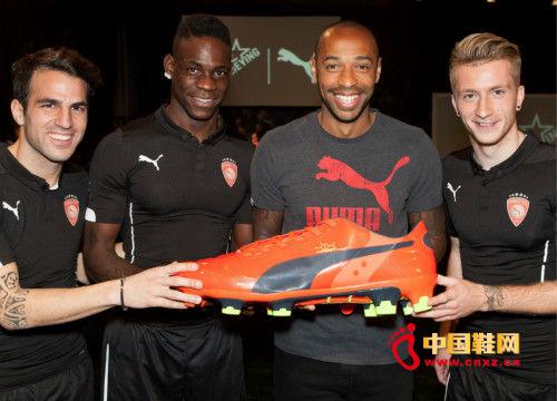 puma推出evopower足球鞋