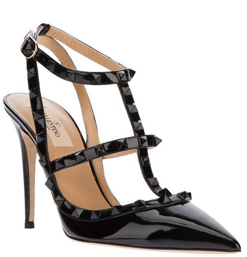 Girl必备 Valentino铆钉鞋穿出优雅感