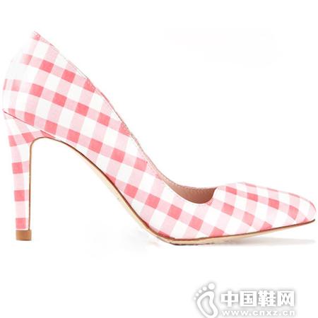 粉色格纹是许多女生必败的心水物