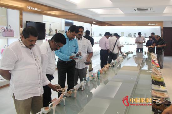 印度鞋业考察团参观考察印心鸟