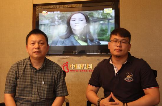 图为吴清勇(左)和 吴明俊(右)。