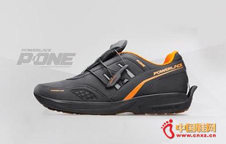 耐克明年将推出自动系鞋带智能鞋