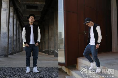 棒球帽+棒球服+白 TEE +仔褲