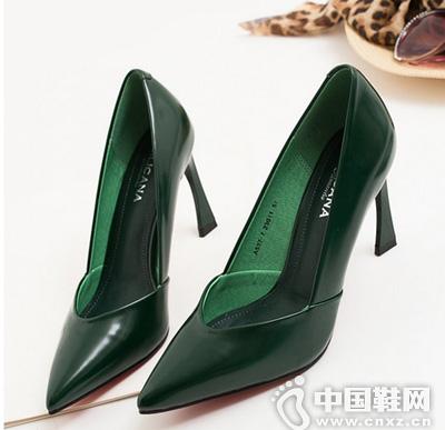 秋季韩版异形跟尖头高跟鞋,很大牌独特的一款