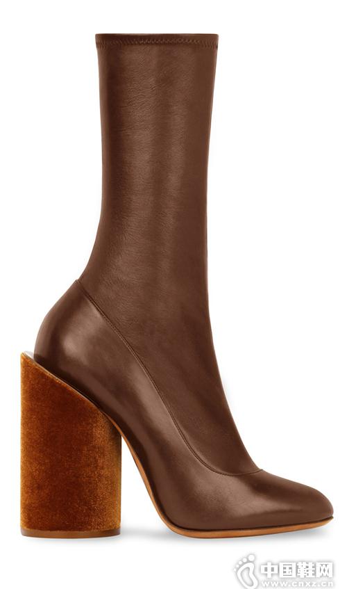 新款棕色系靴子大推荐